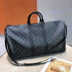 Louis Vuitton KEEPALL BANDOULIÈRE 55 M40605