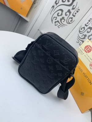 Louis Vuitton DANUBE PM: M43681